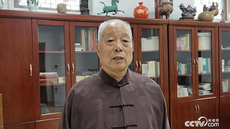教育部原常务副部长、全国教育书画协会会长 张保庆致辞